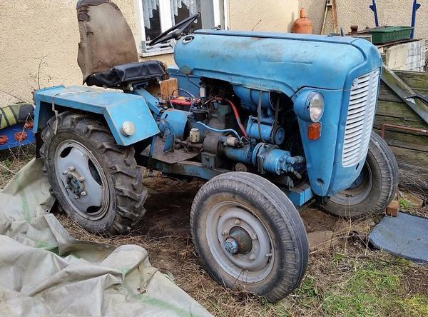 traktor schlepper ddr eigenbau in berlstedt traktoren. Black Bedroom Furniture Sets. Home Design Ideas