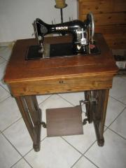 uralte antiquarische Nähmaschine von Knoch