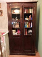 schrank kolonialstil in dachau haushalt m bel gebraucht und neu kaufen. Black Bedroom Furniture Sets. Home Design Ideas