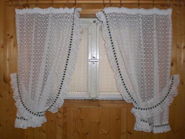 Vorhang weiß mit grünen Rand