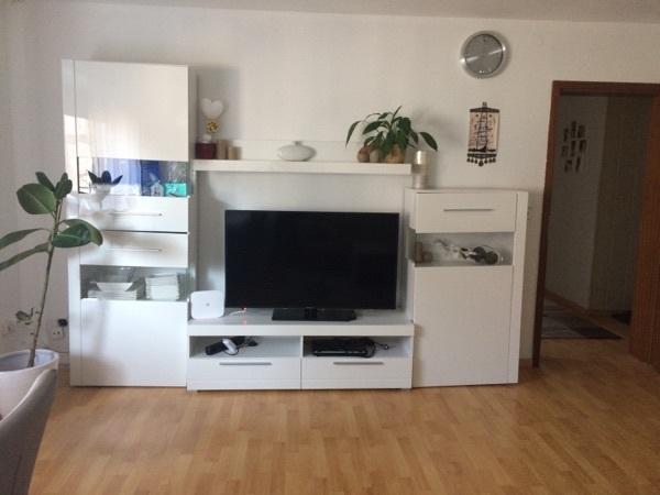 wohnwand weia a a a a a a hochglanz gebraucht kaufen nur 3 st bis 65 g nstiger. Black Bedroom Furniture Sets. Home Design Ideas