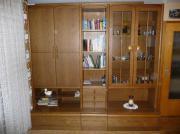 Wohnzimmer Schrankwände+Esstisch+