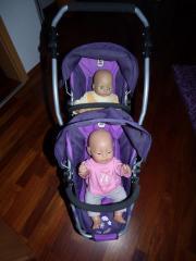 Zwillingspuppenwagen mit Babybornpuppe
